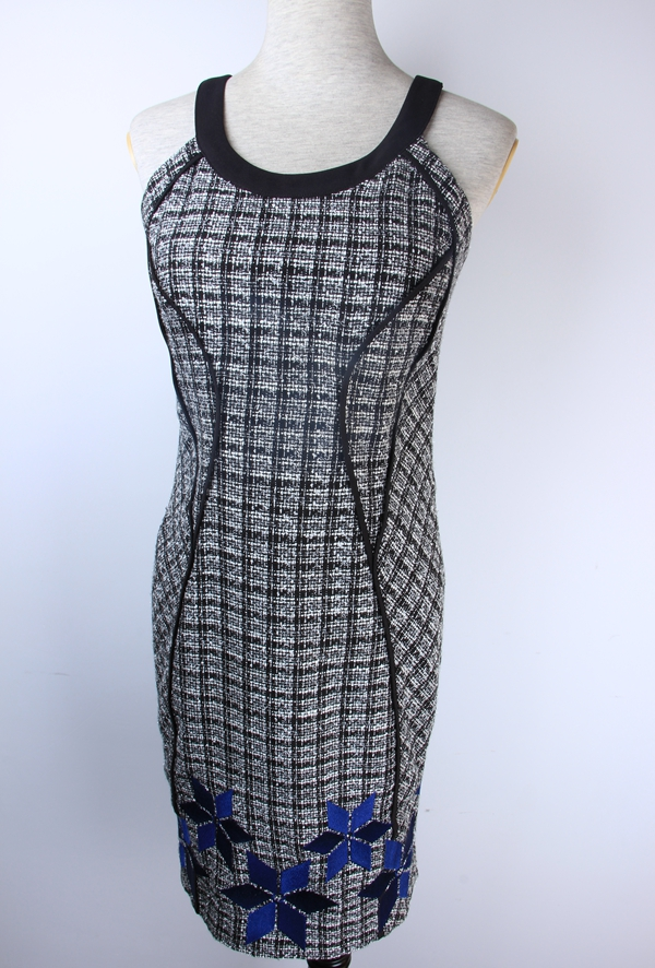Ladies Woven Dress With Embroidery